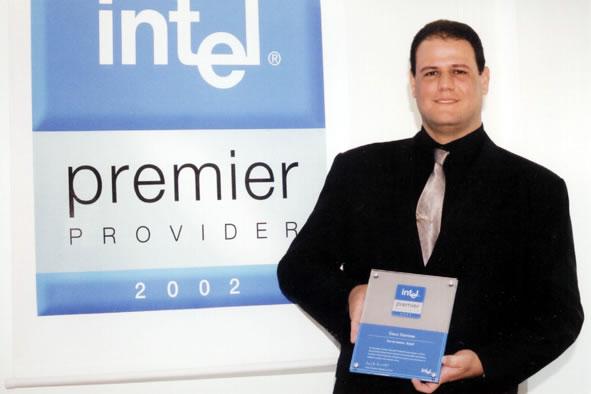 A SINCO é certificada no programa Intel Premier Provider. Esta é a casta mais alta que possa ser atingida por um integrador de produtos Intel. São participantes deste programa as empresas que mantêm o maior nível de alinhamento à Intel; demonstrando em seus produtos a qualidade dos componentes Intel e oferecendo ao mercado os mais modernos itens para servidores.